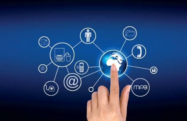 互联网的平台思维就是开放,共享,共赢的思维,也就是打造生态体系的图片